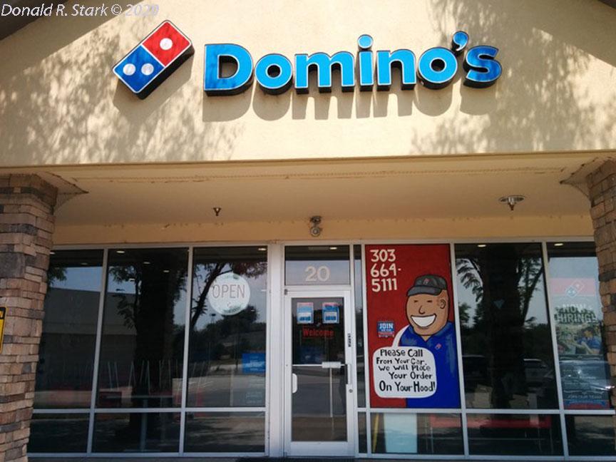 Dominos_Door1